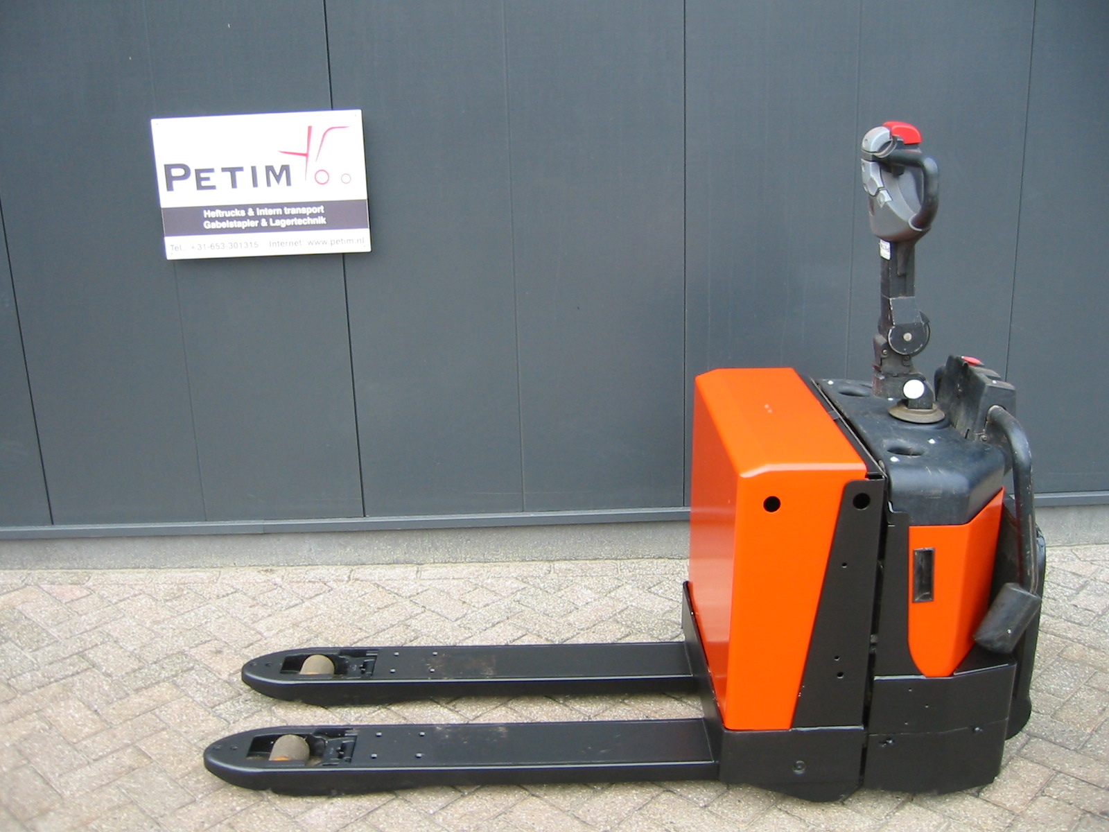 BT LPE 200-8